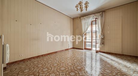 Grande appartamento da personalizzare | Centro