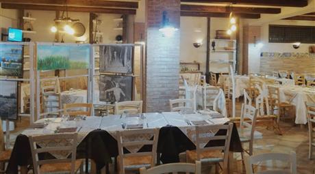 Immobile e azienda (Pizzeria - Ristorante - Bar) in vendita