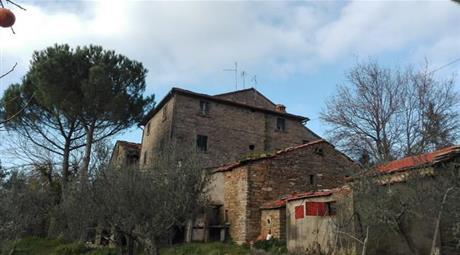 Rustico, Casale in Vendita a Cortona
