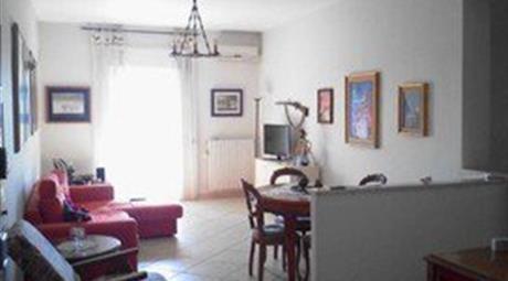 Trilocale in Vendita in Via porto Torres 87 a Modugno