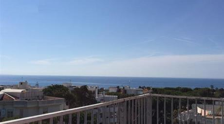 Panoramico attico vista mare