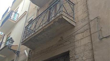 Casa di 3 piani a Sambuca di Sicilia(AG)