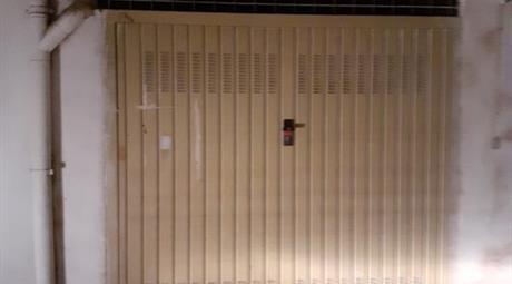 Garage in vendita a Olbia