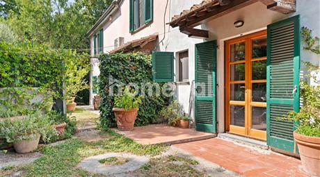 Grande casa di campagna con piscina | Toscana