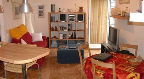 Trilocale  centrale con garage a Rapallo  in Vendita