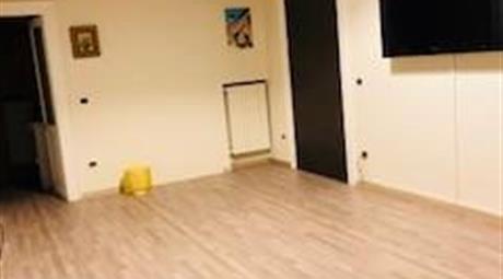 Appartamento di lusso semi arredato