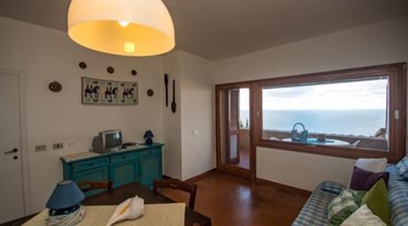 Casa vista mare a Costa Paradiso in Sardegna