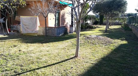 Villa con giardino, vicina Laghetti di cava grande del Cassibile