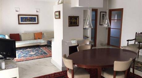 Appartamento via dei Mille 50, Carrara