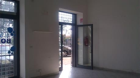 Locale commerciale di 40 mq a Gaeta