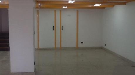 Ufficio in vendita in via Sandriana