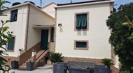 Villetta bifamiliare in vendita in via della Torrazza, 14