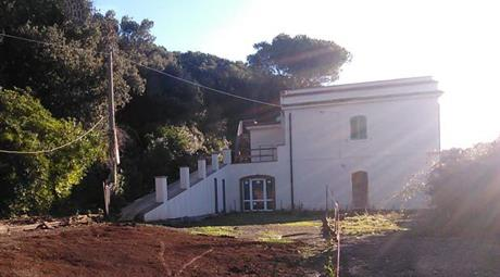 Casa ristrutturata e parziale nuova costruzione
