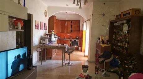 Appartamento via Ostiense 2207, Roma