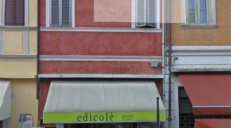 Imobile uso negozio /ufficio libero in centro a Copparo (Fe)