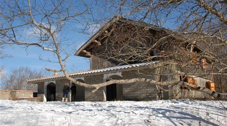 Villa in montagna con 1 ettaro di faggeta e laghetto