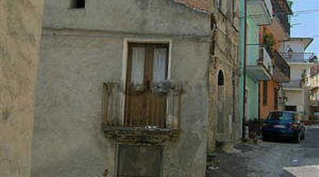 Casa di paese