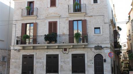 Palazzo / Stabile via della Minerva 22, Palo Del Colle