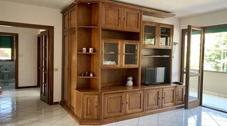 Appartamento in Vendita in zona La Querce a Prato