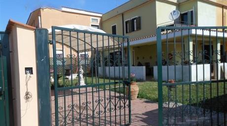 Appartamenti in villa ad angolo da 95 mq