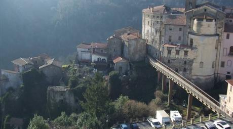 Attico / Mansarda via Cavour, Cave