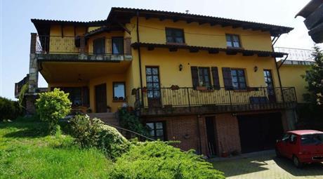 Villa unifamiliare regione Marziano, San Marzano Oliveto € 590.000