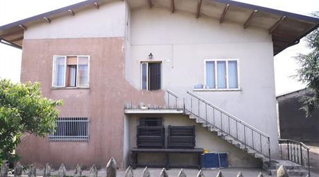 Casa indipendente in vendita in via Fossetta, 12