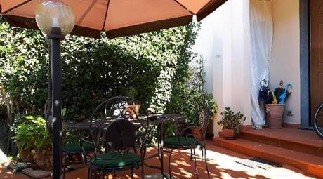 Appartamento ingresso indipendente con giardino
