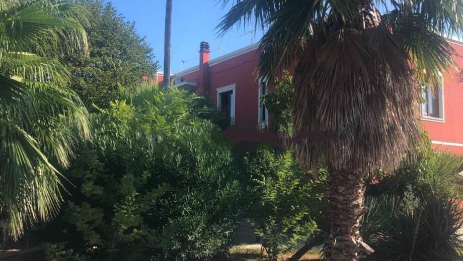 Villa unifamiliare via Giovanni Amendola 217-a, Bari