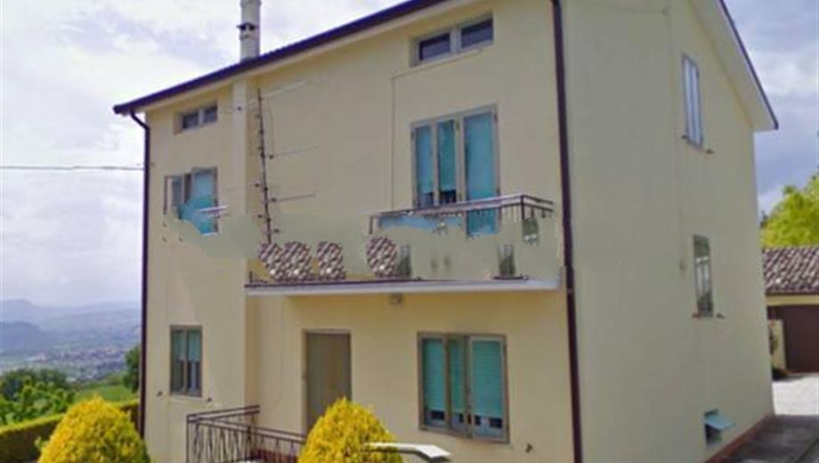 Casa colonica Contrada Santa Susanna, Montegiorgio