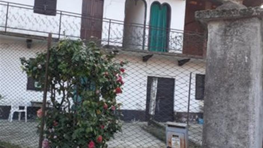 Casa Indipendente in vendita a Carpignano Sesia