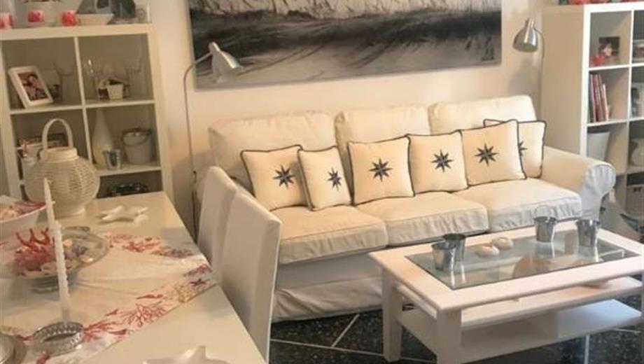 Luminosissimo appartamento in centro a Rapallo-via Mameli