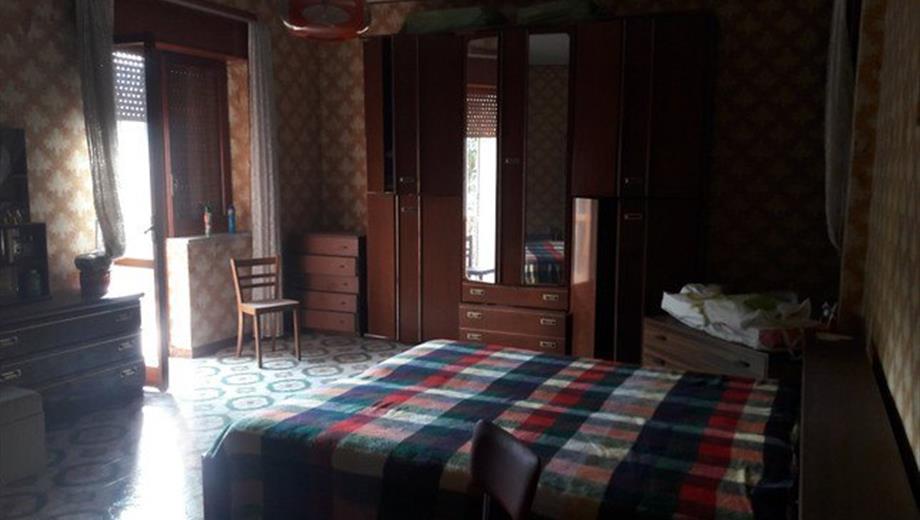 Casa Bifamiliare, Trifamiliare in Vendita in Strada Statale 18 Tirrena Inferiore 160 a Salento
