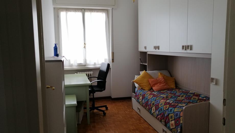 Affitasi stanza per studenti