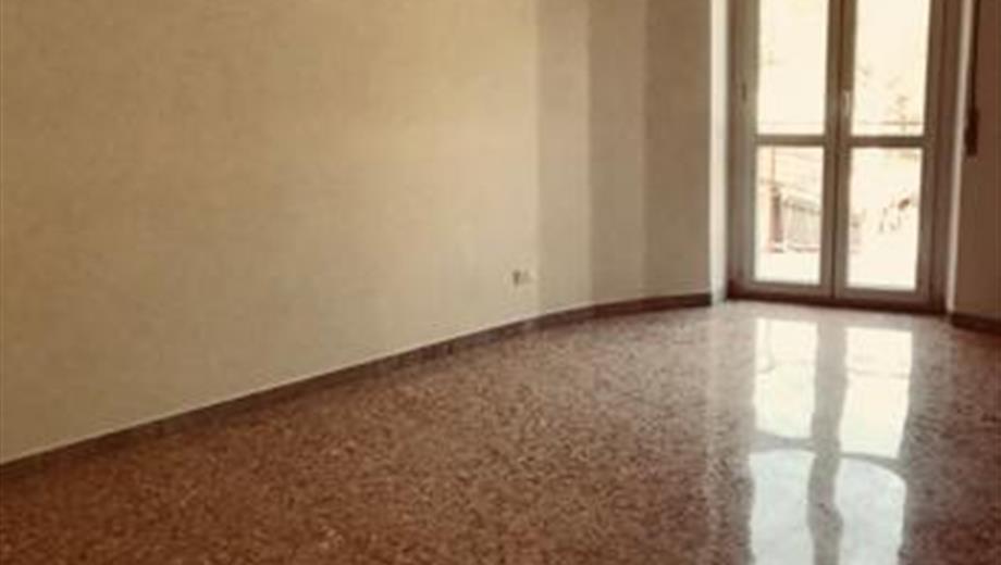 Cesano appartamento ristrutturato