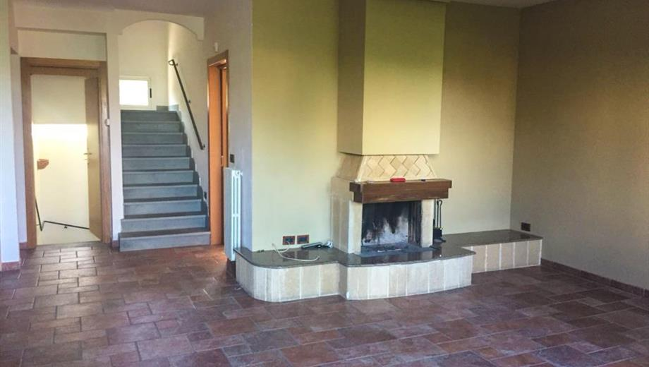 "Rifinitissima villa in Residence ""I Mandorli'' -Montetermiti"