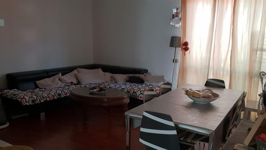 Appartamento in vendita in via Monte Picchiara, 13