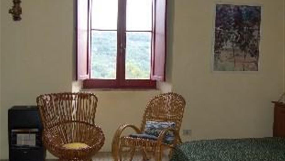 Appartamento in casale in campagna 350 €