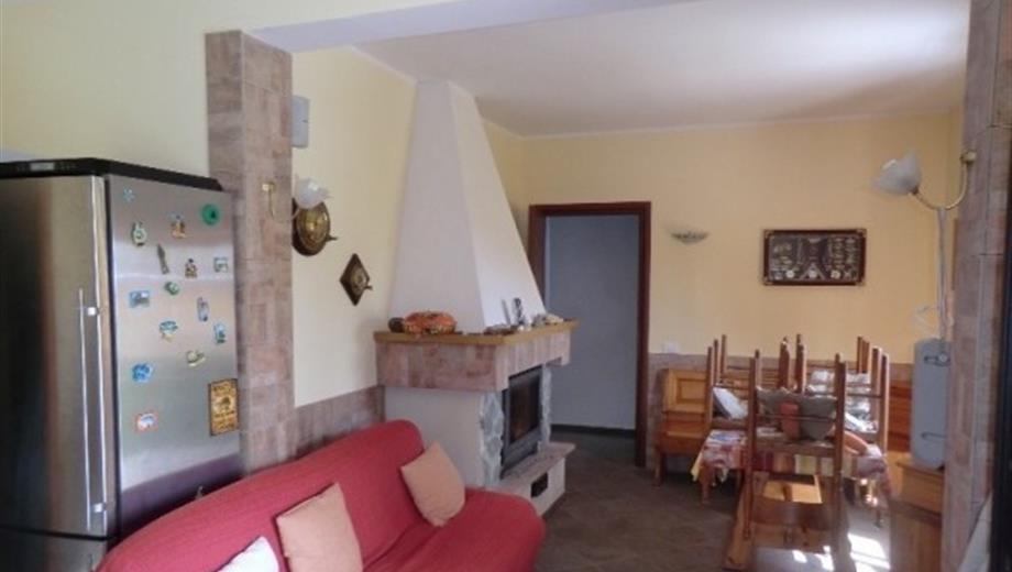 Villa frazione Cimaferle 143, Ponzone