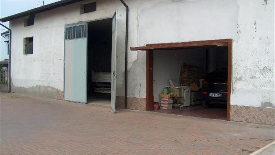 Box / garage
