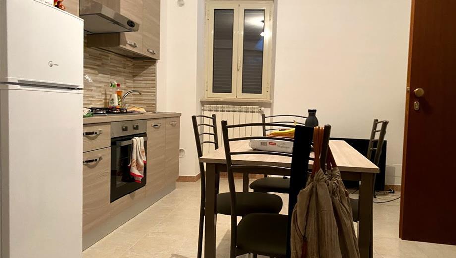 Affittasi mini appartamento completamente ristrutturato e arredato nuovo