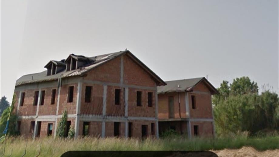 Villa quadrifamiliare