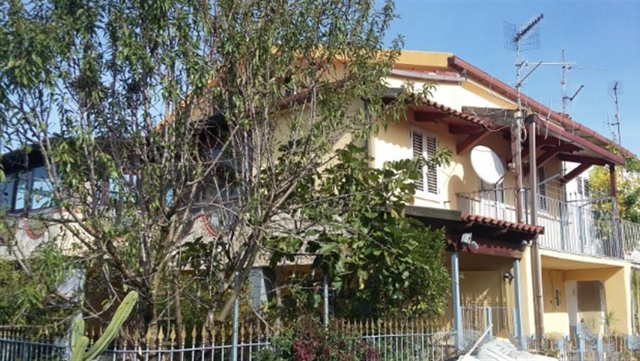 AFFITTO CON RISCATTO/Villa singola con terreno