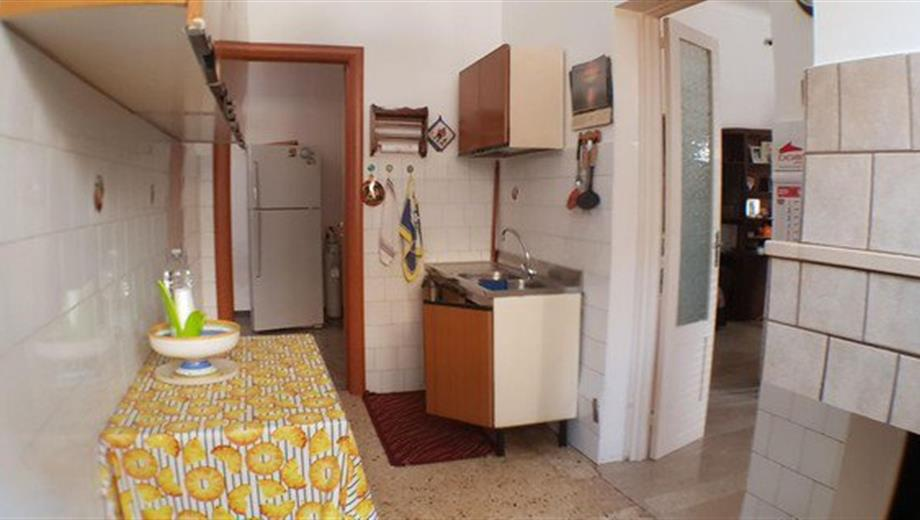 Vendesi appartamento in  Via Puccini 51