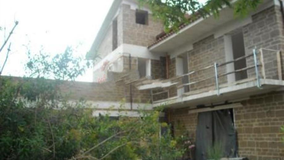 Casa indipendente in vendita in via Calore, 224, Amorosi