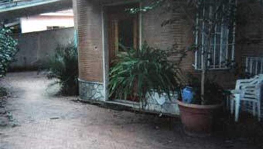 Camera matrimoniale in villa
