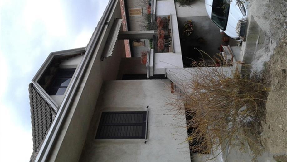 Villa in vendita in via Stazione, 94