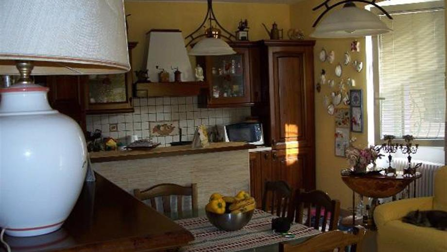 Immobili in vendita a Carezzano