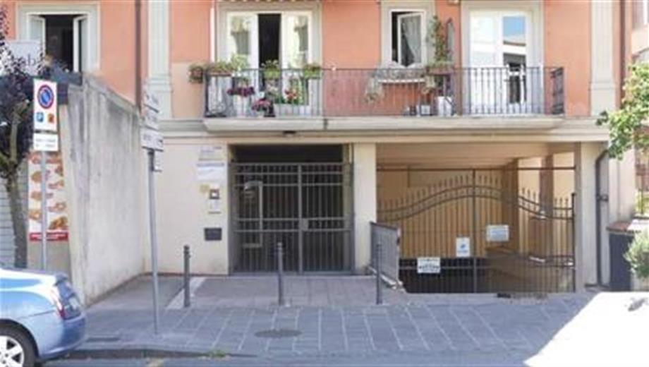 Garage  in affitto a Avellino