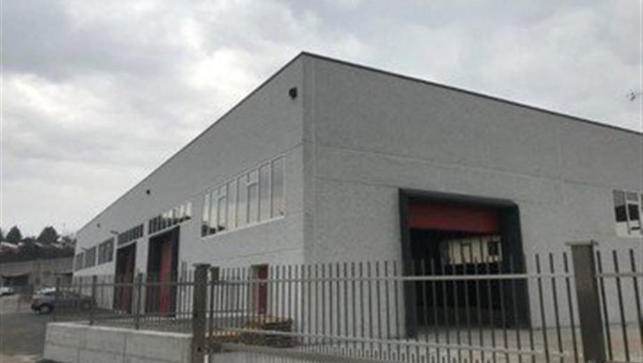 Capannone in vendita a strada Consortile, Carinaro (CE) 1.700.000 €